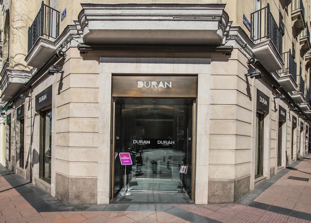 Entrada de nuestra sala en Calle Goya, 19 - 1 Planta. Madrid.