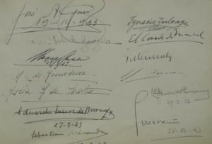 Detalle del Libro de firmas del Restaurante Chipén, con firmas de Manolete, Marañón, Maria Callas, Ava Gardner, Grace Kelly etc. Foto: Durán Arte y Subastas.