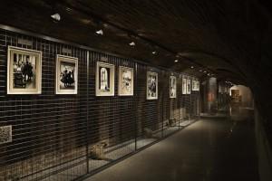 Vista de la exposición Magnum's First. © Fundación Canal, Madrid. Jean Marquis.