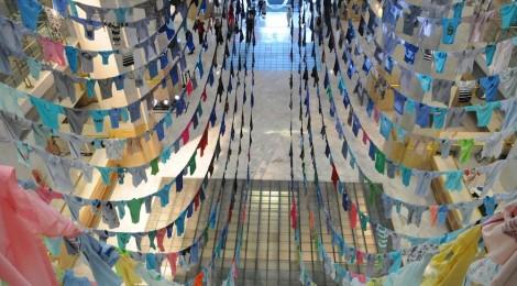Instalación de la artista finlandesa Kaarina Kaikkonen. Touching the sky (Tocando el cielo). Cortesía CentroCentro Cibeles.