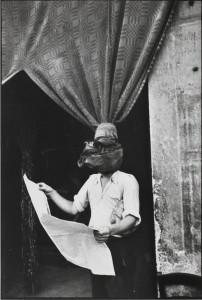 Henri Cartier-Bresson, Livorno, Toscana, Italia, 1933. Gelatina de plata, copia realizada en los años 80. Centre Pompidou, Musée national d'art moderne, compra realizada gracias al mecenazgo de Yves Rocher, 2011, Antigua Colección Christian Bouqueret, París. © Henri Cartier-Bresson/Magnum Photos, cortesía Fundación Henri Cartier-Bresson.
