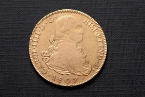 Subasta 511 – Julio 2014. Lote n. 267: 8 escudos de oro, Carlos IV, 1807. Foto: Durán Arte y Subastas.