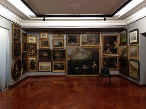 Vista de la exposición de lotes de la Subasta de Septiembre de 2014 (N. 512) en nuestra sala. Foto: Durán Arte y Subastas.