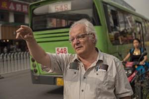 Subasta Viajes, Javier Reverte, invitado especia. Subasta Expediciones y Culturas Lejanas, Mayo 2015, (520). Foto: Durán Arte y Subastas.