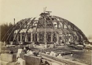 Jardin d'Hiver, ca. 1878. Mirar la arquitectura: fotografía monumental en el siglo XIX. BNE. Madrid, 2015.