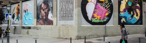 Vista de las obras de arte urbano realizadas en Muros Tabacalera 2014. Glorieta de Embajadores, Madrid. Cortesía: Madrid Street Art Project, 2016.