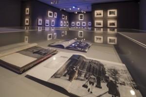 Robert Doisneau, La belleza de lo cotidiano. Vista de la exposición. Fundación Canal, Madrid, 2016.