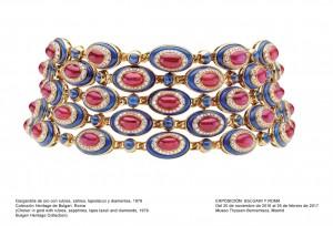 Gargantilla de oro con rubíes, zafiros, lapislázuli y diamantes, 1979. Museo Thyssen-Bornemisza, Madrid, 2016.