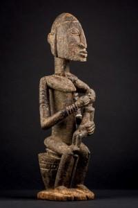 Lote 391, Subasta 539, Maternidad Dogón-Djennenke, Mali. Enero 2017. Durán Arte y Subastas.