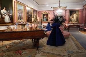 Salón de baile, La moda romántica. Cortesía: Museo del Romanticismo, Madrid, 2017.