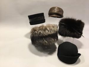 Avance Subasta Febrero 2017, sombreros de moda. Fotografía: Durán Arte y Subastas, Madrid, 2017.